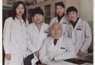 行医五十余载  医者仁心不改  一位八旬老人的中医情