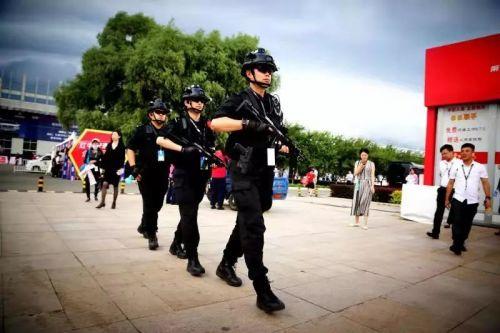 长春公安:汽博会观展已超20万人次  3700名警力力保首轮高峰期安全有序