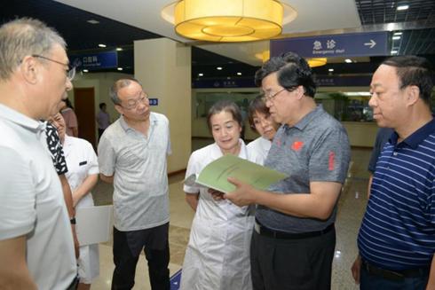 长春市中心医院开展自检巡查扎实推进长春创城工作