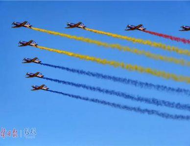 空军成立70周年航空开放活动开幕