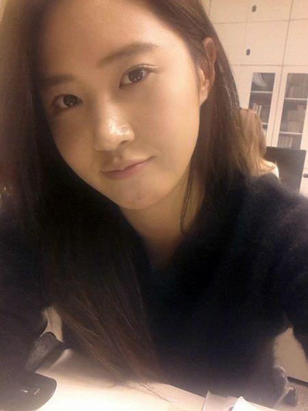 素颜美貌展现韩国第一女团的魅力
