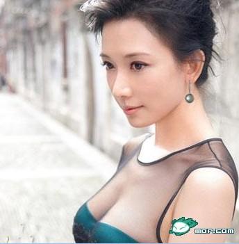 林志玲晒甜美照求嫁 透视装骑马舞性感内衣(图)(2)图片