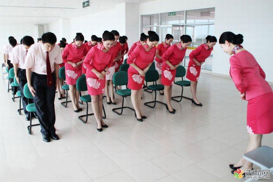 青岛流亭机场地勤