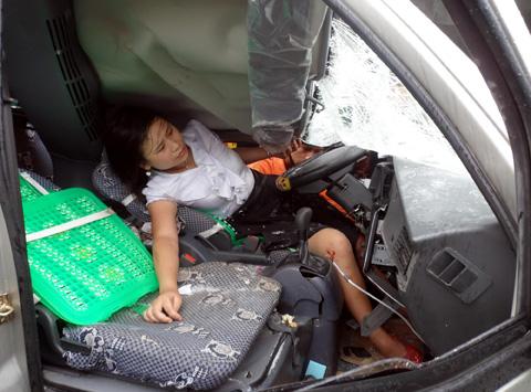 奥迪女司机撞死男婴 油门当刹车女司机陋习屡出人命