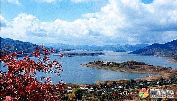 松花湖风景区的主体是水