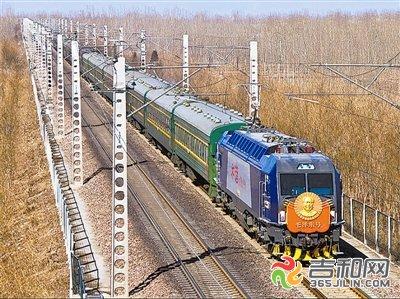 """""""十一""""期间松原增开两对临时列车"""