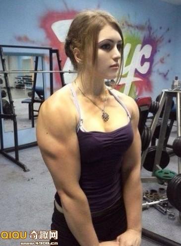 俄罗斯Julia Vins 17岁金刚芭比娃娃走红(图)